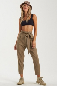 BILLABONG | KELNĖS | SAND STAND PANT | SURFSHOP LITHUANIA | SURFWAX