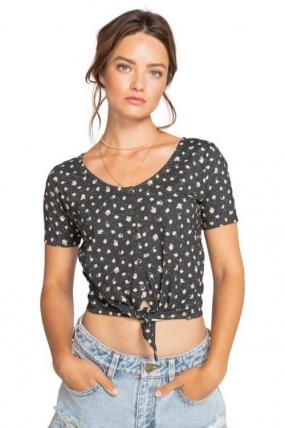 Billabong Girly - Short Sleeve Knit Moteriška Palaidinė| Surfwax Surf stiliaus apranga