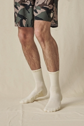 Globe Bleach Free Crew Sock 3 Pack Kojinės| Surfwax Surf stiliaus aprangos parduotuvė nuo 2010